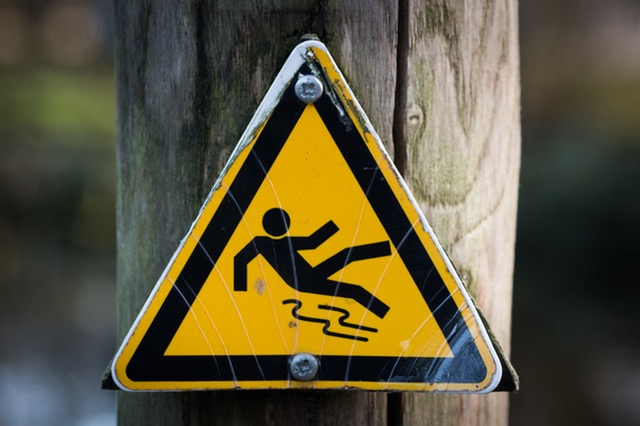 Slip & Fall Accidents: What Physical Evidence should You Keep Track Of?