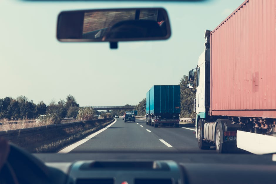 Trucking Accidents: The Deadliest Day of the Week May Surprise You